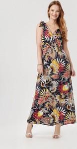 Sukienka born2be bez rękawów z dekoltem w kształcie litery v w stylu boho