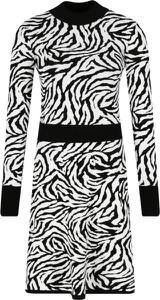 Sukienka Hugo Boss mini z długim rękawem w stylu casual