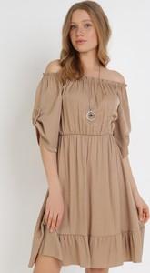 Brązowa sukienka born2be trapezowa z długim rękawem mini