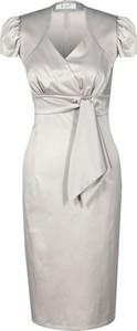 Srebrna sukienka Fokus z tkaniny z krótkim rękawem z dekoltem w kształcie litery v