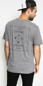 T-shirt Kr3W z bawełny w młodzieżowym stylu z krótkim rękawem