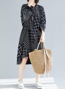 Sukienka Cikelly midi w stylu casual z długim rękawem