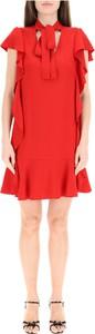 Czerwona sukienka Red Valentino z okrągłym dekoltem mini