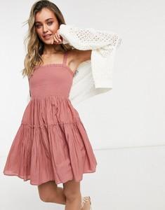 Różowa sukienka Asos w stylu casual hiszpanka na ramiączkach