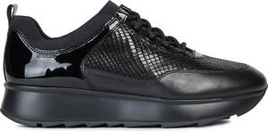 Buty sportowe Geox z płaską podeszwą ze skóry