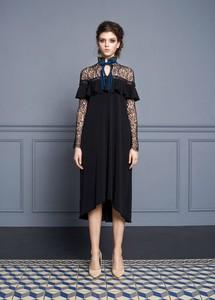 Czarna sukienka Izabela Lapinska z tkaniny