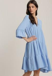 Niebieska sukienka Renee z długim rękawem z kołnierzykiem w stylu casual