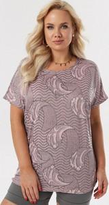 Różowa bluzka born2be w stylu casual z krótkim rękawem z okrągłym dekoltem