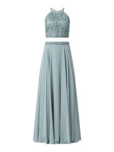 Sukienka Jake*s z szyfonu z dekoltem w kształcie litery v