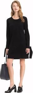 Czarna sukienka Tommy Hilfiger z długim rękawem