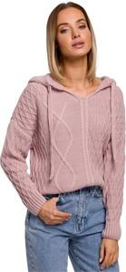 Różowy sweter MOE