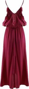 Czerwona sukienka Patrizia Pepe z dekoltem w kształcie litery v