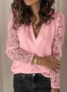 Różowa bluzka Sandbella w stylu casual