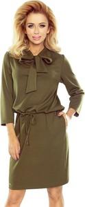 Sukienka NUMOCO w sportowym stylu z długim rękawem midi