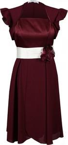 Czerwona sukienka Fokus midi rozkloszowana