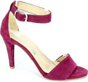 Fioletowe sandały Cortesini z klamrami