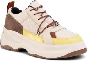 Buty sportowe Vagabond sznurowane na platformie