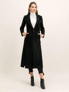 Czarny płaszcz Patrizia Pepe