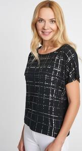 Czarna bluzka QUIOSQUE z okrągłym dekoltem z krótkim rękawem