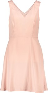 Sukienka Vero Moda bez rękawów rozkloszowana mini