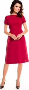 Czerwona sukienka Awama z krótkim rękawem midi