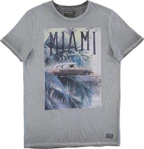 T-shirt Cars-jeans w młodzieżowym stylu