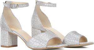 Srebrne sandały Gamis z klamrami