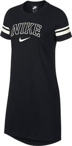 Sukienka Nike z okrągłym dekoltem mini
