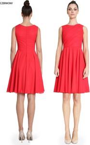 Sukienka Camill Fashion bez rękawów z okrągłym dekoltem midi