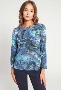 Niebieska bluzka QUIOSQUE z długim rękawem z okrągłym dekoltem