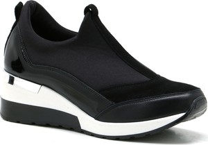 Czarne buty sportowe Nicole na platformie