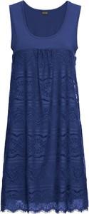Sukienka bonprix BODYFLIRT z okrągłym dekoltem w stylu klasycznym