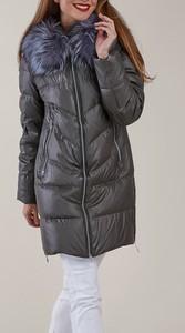 Czarny płaszcz Kara w stylu casual