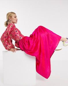 Różowa sukienka Nesavaali z długim rękawem z żakardu maxi