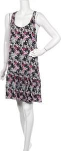 Sukienka Reserved na ramiączkach z okrągłym dekoltem