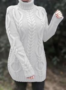 Sukienka Sandbella z golfem z długim rękawem mini