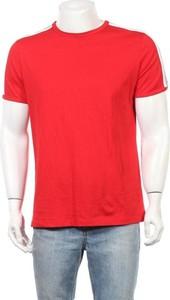 Czerwony t-shirt Antony Morato z krótkim rękawem w stylu casual