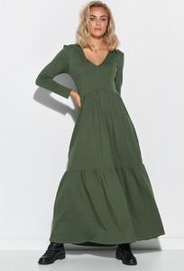 Zielona sukienka Makadamia maxi z długim rękawem wyszczuplająca