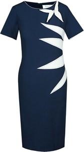 Granatowa sukienka Fokus z okrągłym dekoltem asymetryczna z krótkim rękawem
