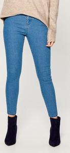 Jeansy Mohito w młodzieżowym stylu z jeansu