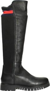 Czarne kozaki Tommy Hilfiger w stylu casual