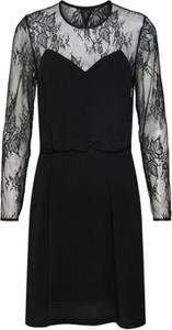 Czarna sukienka Samsøe & Samsøe trapezowa z długim rękawem midi