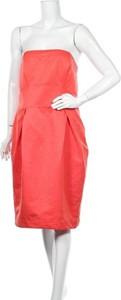 Czerwona sukienka F&F z okrągłym dekoltem bez rękawów