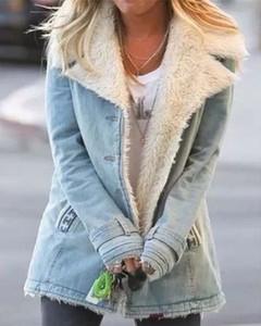 Niebieski płaszcz Kendallme