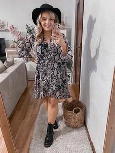 Sukienka Produkt Wloski mini z długim rękawem