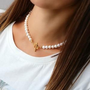 """coccola.pl Choker z naturalnych pereł słodkowodnych, z ozdobnym zapięciem """"serce"""" oraz srebra 925 pozłacanego S"""