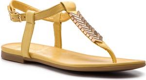 Sandały Inuovo ze skóry z klamrami