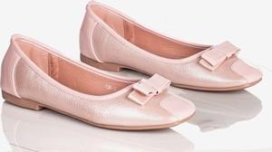 Różowe baleriny Royalfashion.pl w stylu casual
