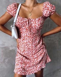 Sukienka Kendallme z krótkim rękawem w stylu casual