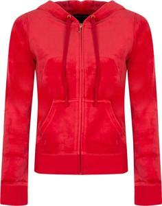 Czerwona bluza ubierzsie.com z tkaniny